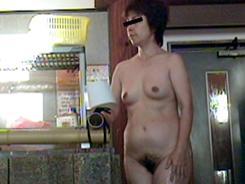 人妻熟女のエロ素肌01