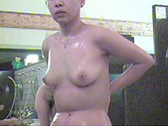 熟女の洗い場はエロさ満点12