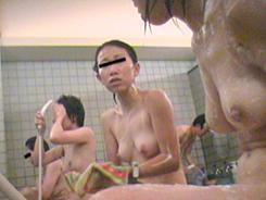 お風呂は乙女の癒し空間03