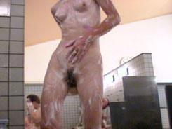 熟女の洗い場覗いちゃいます05