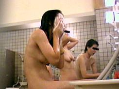 熟女の洗い場覗いちゃいます08