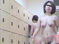熟女裸体は色気満点09
