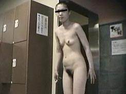 熟女裸体は色気満点17